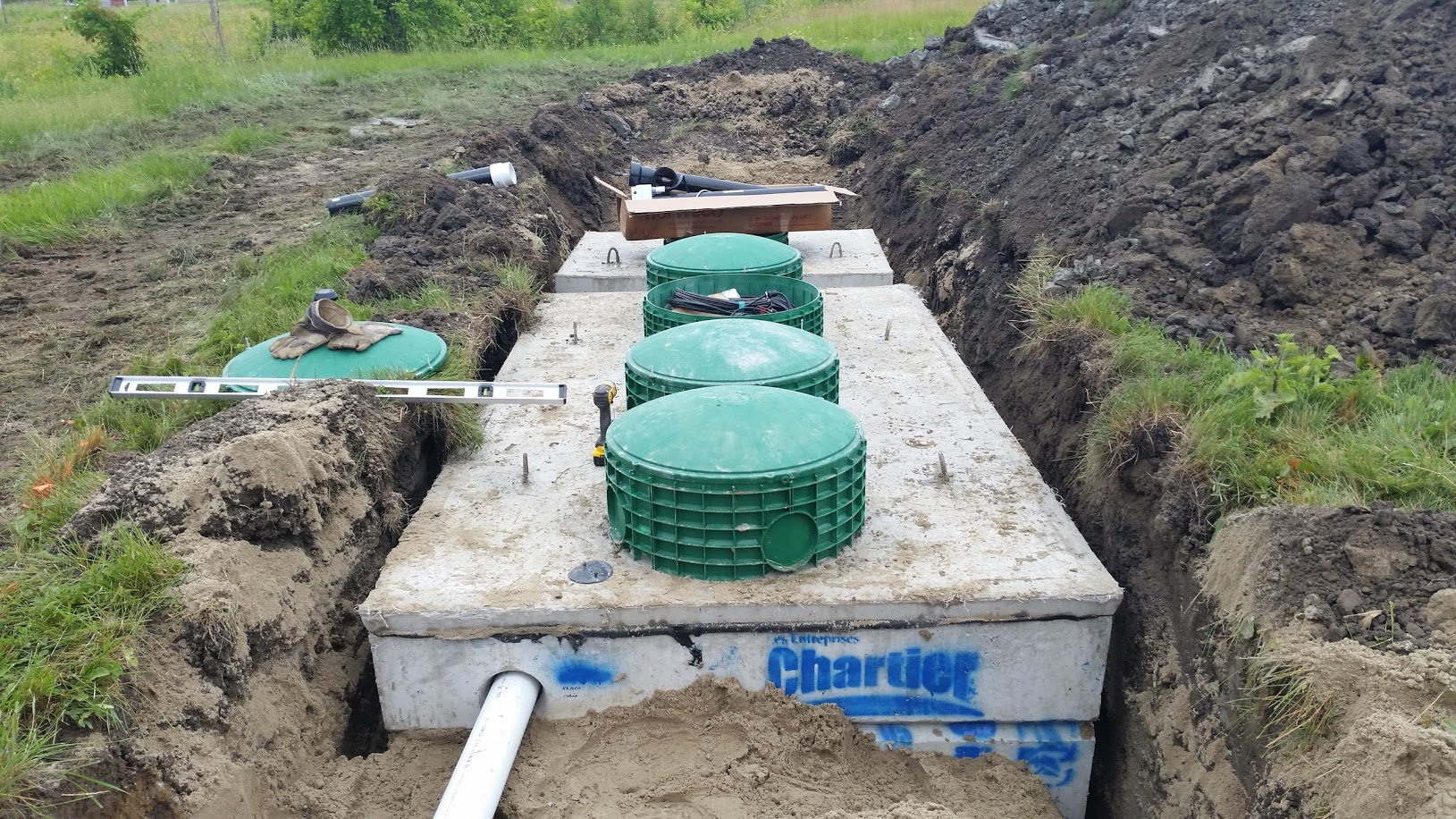 Installation and emptying of septic tank north shore for Ecoflow septic system